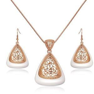 Rose Gold Triangular Jewelry Set